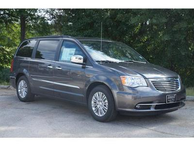 New 2016 Chrysler Town & Country Touring-L