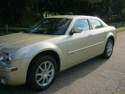 Used 2010 Chrysler 300C