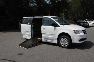 New 2015 Dodge Grand Caravan SE