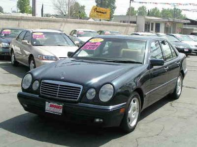 Used 1997 Mercedes-Benz  E420