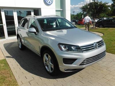 New 2016 Volkswagen Touareg TDI Executive