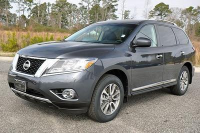 New 2013 Nissan Pathfinder SL