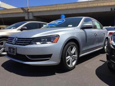 New 2015 Volkswagen Passat 2.0L TDI SE