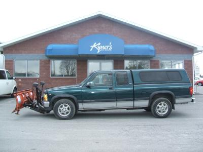Used 1995 Dodge Dakota SLT