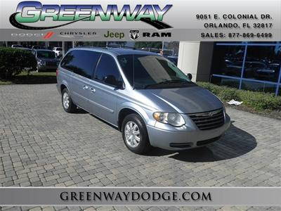2006 chrysler town country reviews specs and prices. Black Bedroom Furniture Sets. Home Design Ideas