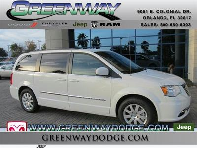 New 2013 Chrysler Town & Country Touring