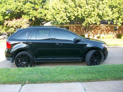 Used 2011 Ford Edge SE