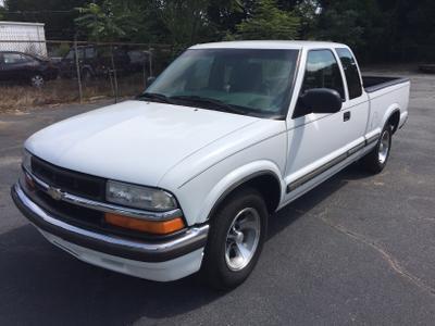 Used 2000 Chevrolet S-10 LS