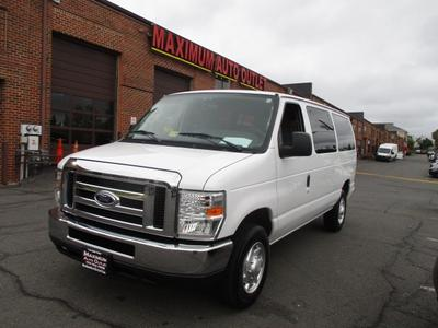 2014 Ford E350 Super Duty XLT