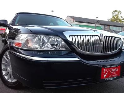 Used 2004 Lincoln Town Car Signature
