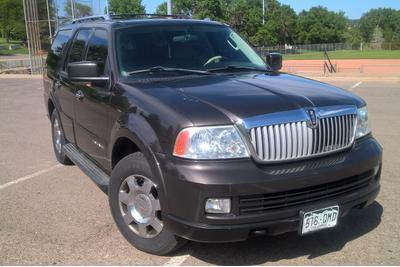 Used 2005 Lincoln Navigator Luxury