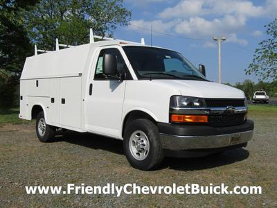 New 2017 Chevrolet Express 3500