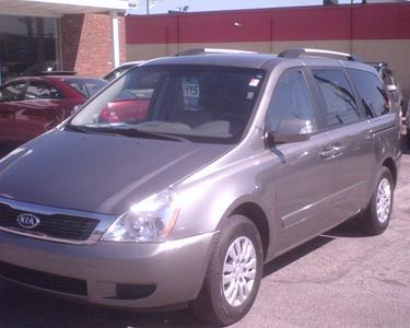 Used 2011 Kia Sedona LX