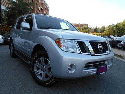Used 2010 Nissan Pathfinder SE