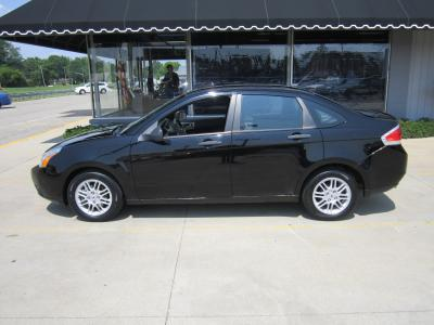 Used 2011 Ford Focus SE