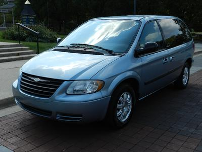 Used 2006 Chrysler Town & Country Base