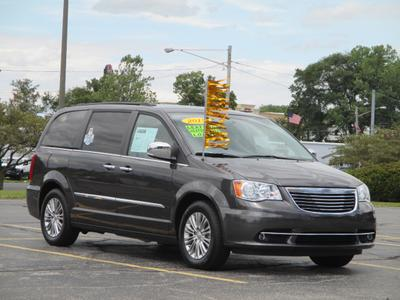 Used 2015 Chrysler Town & Country Touring-L