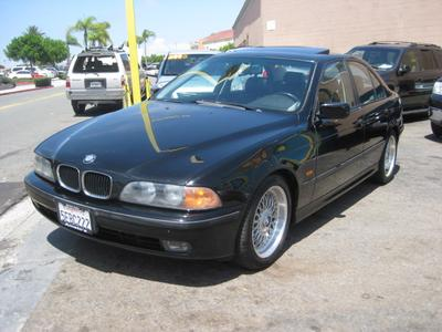 2000 BMW 528 i