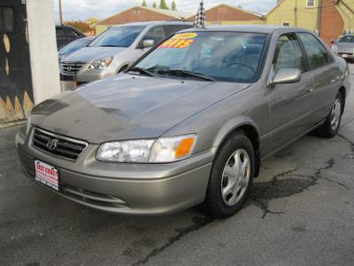 Used 2001 Toyota Camry LE V6