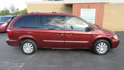 Used 2007 Chrysler Town & Country Touring