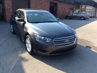 Used 2015 Ford Taurus SE
