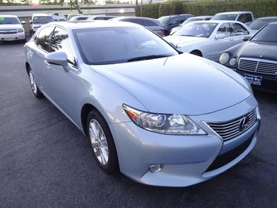 Used 2013 Lexus ES 300h Base