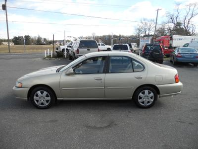 Used 1998 Nissan Altima GXE