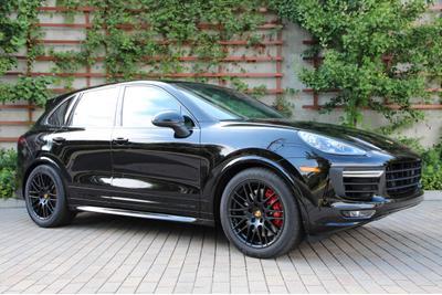New 2017 Porsche Cayenne GTS