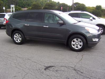 Used 2011 Chevrolet Traverse LS