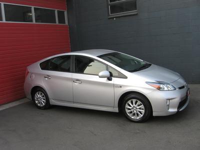 Used 2014 Toyota Prius Plug-in Base