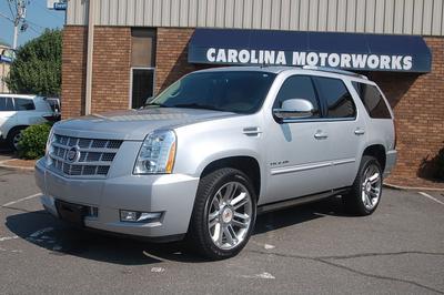 Used 2014 Cadillac Escalade Premium