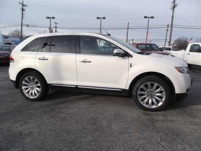 Certified 2013 Lincoln MKX Base
