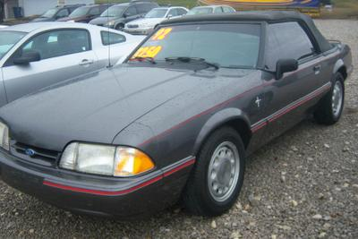 Used 1992 Ford Mustang LX