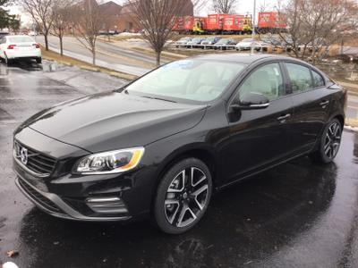New 2017 Volvo S60 T5 Dynamic