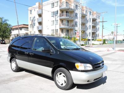 Used 2000 Toyota Sienna LE