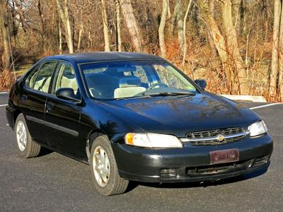 Used 1999 Nissan Altima GXE