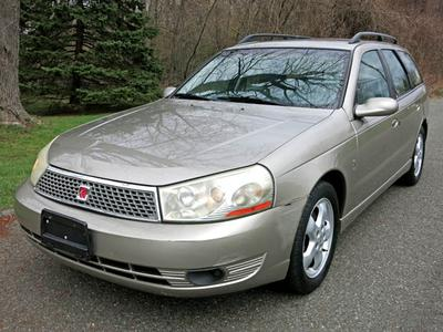 Used 2003 Saturn LW 300