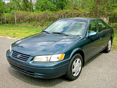 Used 1998 Toyota Camry LE V6