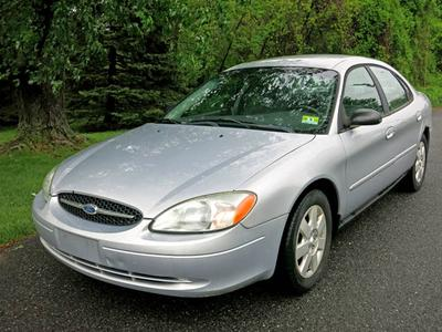 Used 2002 Ford Taurus LX