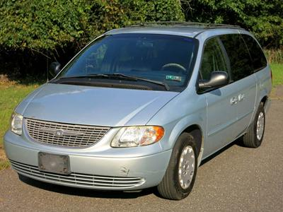 Used 2001 Chrysler Town & Country LX