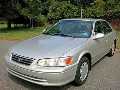 Used 2000 Toyota Camry CE