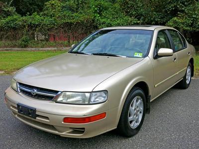 Used 1998 Nissan Maxima GLE