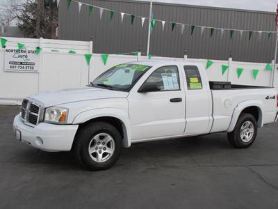 Used 2007 Dodge Dakota SLT