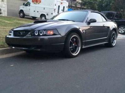 Used 2004 Ford Mustang Deluxe