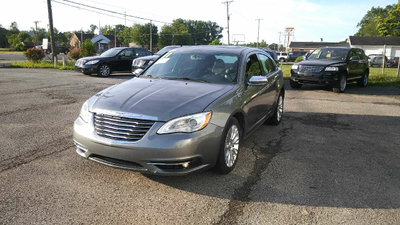 Used 2011 Chrysler 200 Limited