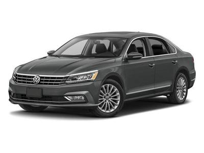 New 2017 Volkswagen Passat 1.8T SE w/Technology