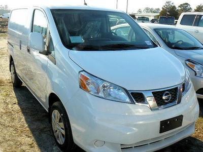 New 2017 Nissan NV200 SV
