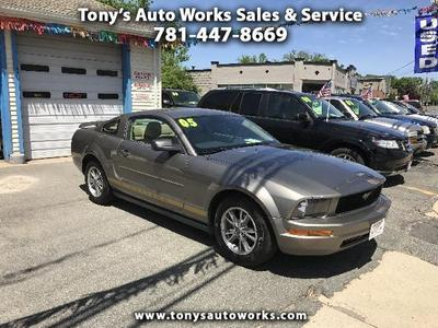 Used 2005 Ford Mustang V6 Premium