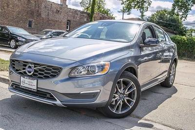 New 2016 Volvo S60 Cross Country T5 Platinum