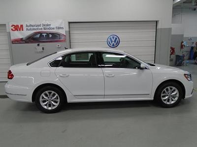 New 2016 Volkswagen Passat 1.8T S